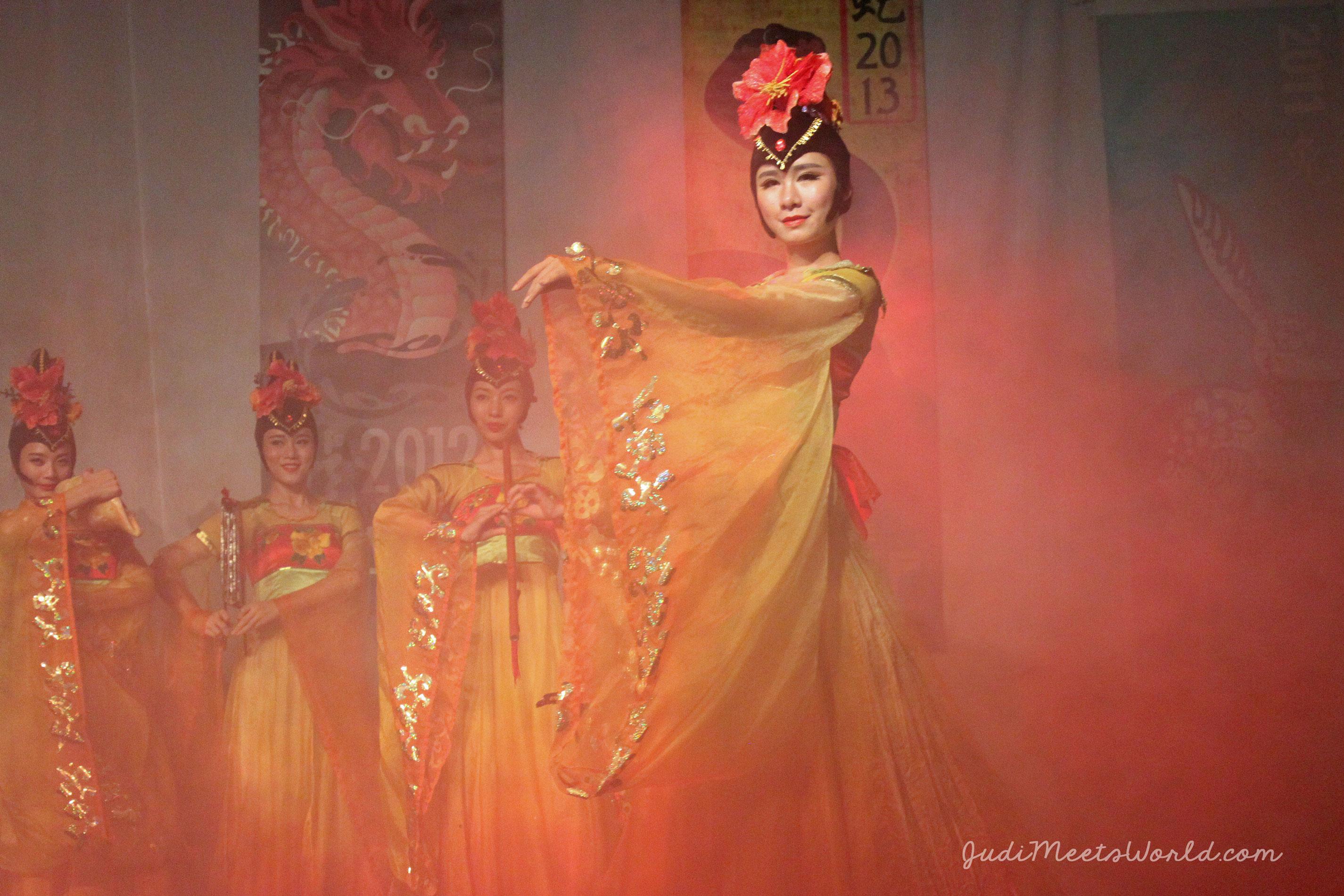 Meet the Chinese Pavilion. - judimeetsworld